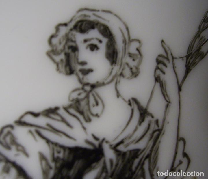 Antigüedades: JARRÓN DE OPALINA BLANCA - Foto 22 - 66302530