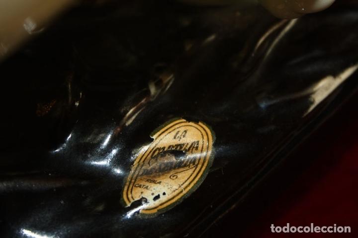 Antigüedades: FIGURA DE DOS TIGRES. LA CARTUJA. MAYÓLICA ESMALTADA. ESPAÑA. CIRCA 1920 - Foto 9 - 66327158