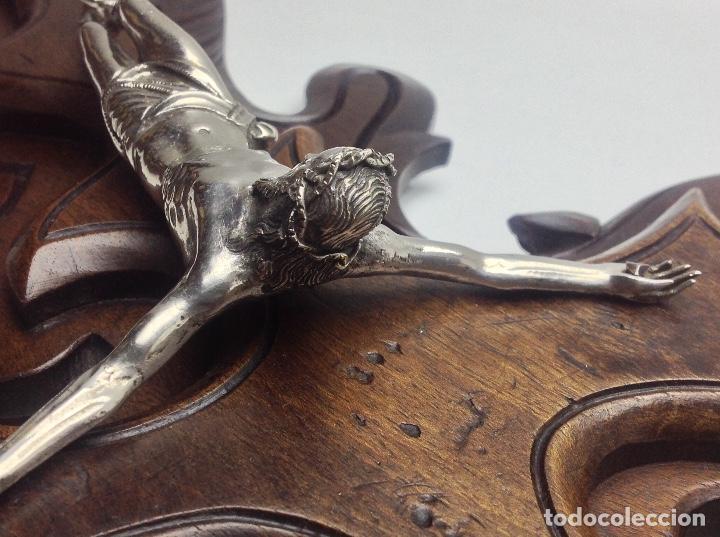 Antigüedades: ANTIGA CRUZ DE MADERA CON CRISTO BAÑADO EN PLATA - Foto 10 - 66462678
