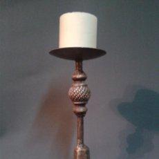 Antigüedades: CANDELABRO DE FORJA. Lote 66472350