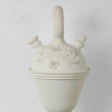 Antigüedades: BOTIJO BARRO BLANCO, BÚCARO, OCAÑA (TOLEDO) ALFAR CORONADO, DOLORES CORONADO. Lote 66502854