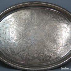 Antigüedades: ESPECTACULAR BANDEJA DE METAL PLATEADO. PPIOS. SIGLO XX. Lote 66835618