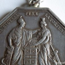Antigüedades: AÑO VIII,1799,BANCO DE FRANCIA,LA SAGACIDAD FIJA LA FORTUNA,PLATA,EN LEONTINA,35 MM. 28 GRAMOS.. Lote 66845182