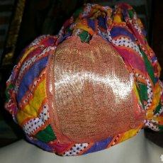 Antigüedades: GORRO O TURBANTE DE LA INDIA. Lote 66866914
