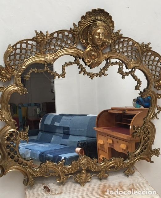 ESPEJO ANTIGUO DE BRONCE 79 X 82,50 CMS. (Antigüedades - Muebles Antiguos - Espejos Antiguos)