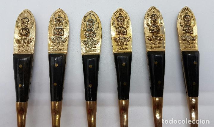 Antigüedades: Juego antiguo de tenedores para postre en bronce Tailandes con buda en relieve y mago de asta, SIAM - Foto 3 - 66871586
