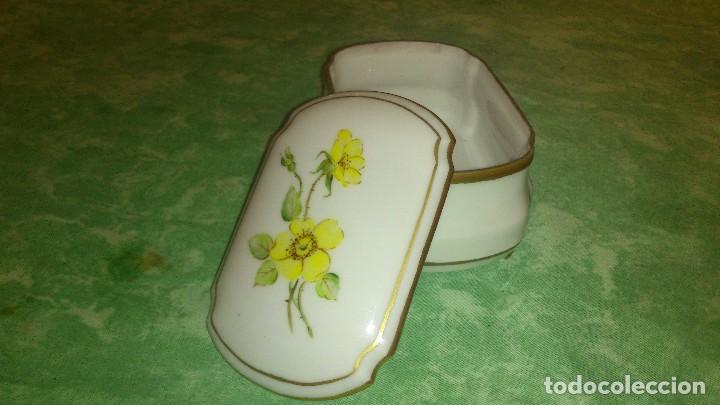 Antigüedades: Precioso joyero de porcelana,pintado a mano. giraud limoges france - Foto 4 - 66879594