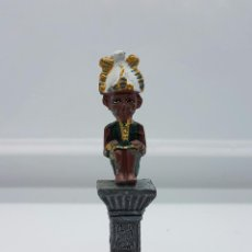 Antigüedades: PEQUEÑA FIGURA DE PLOMO DE DIOS DE LA MITOLOGIA EGIPCIA, POLICROMADO A MANO .. Lote 66881326