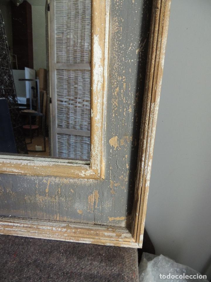 Antigüedades: ESPEJO DE MADERA PINTADO EN DECAPE CON FORMAS ARABES - Foto 7 - 151178660