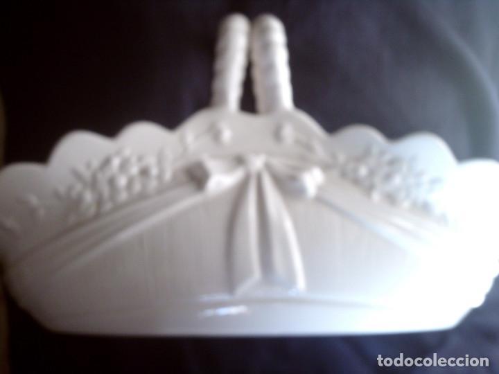 CESTA JARDINERA CENTRO DE PORCELANA DE HISPANIA, LLADRÓ. SELLADA EN LA BASE, GRAN TAMAÑO (Antigüedades - Porcelanas y Cerámicas - Lladró)