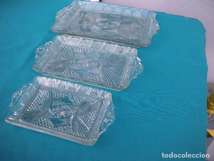 Antigüedades: BANDEJA DE VIDRIO MOLDADO, LOTE DE 3 - Foto 5 - 67072858