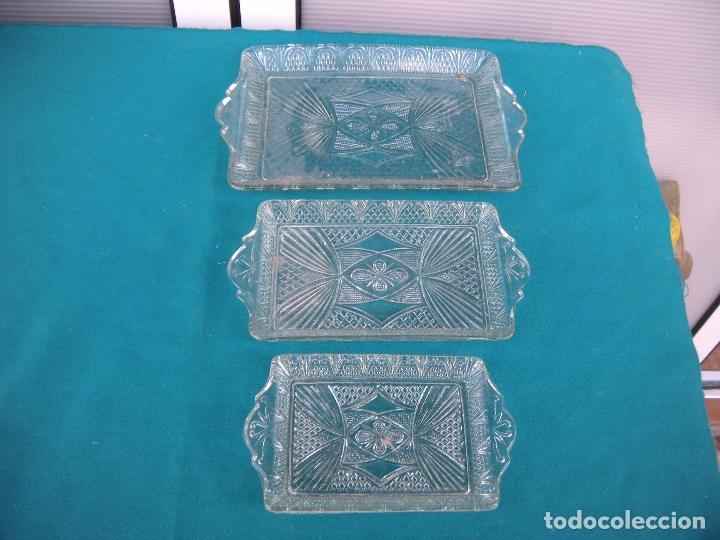 Antigüedades: BANDEJA DE VIDRIO MOLDADO, LOTE DE 3 - Foto 6 - 67072858