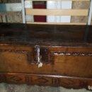 Antigüedades: ARCON ANTIGUO NOGAL CON LLAVE S.XIX. Lote 67330225