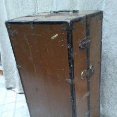 Antigüedades: BAUL MUNDO, HACIA 1900. Lote 67346185