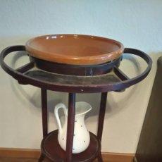Antigüedades: LAVAMANOS PALANGANERO NOGAL JARRA PORCELANA. Lote 67398829