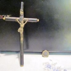 Antigüedades: CRUCIFIJO ANTIGUO DE MADERA CRISTO BRONCE 17 CM. Lote 67423537