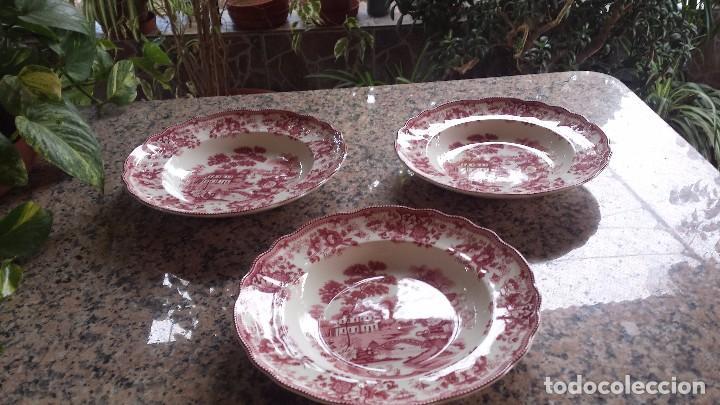 JUEGO DE 2 PLATOS SAN CLAUDIO- SON SOLO 2 (Antigüedades - Porcelanas y Cerámicas - San Claudio)