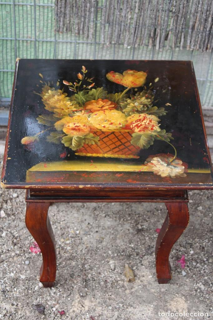 ANTIGUA MESA CHINA PARA TOMAR EL TÉ PINTADA A MANO (Antigüedades - Muebles Antiguos - Mesas Antiguas)