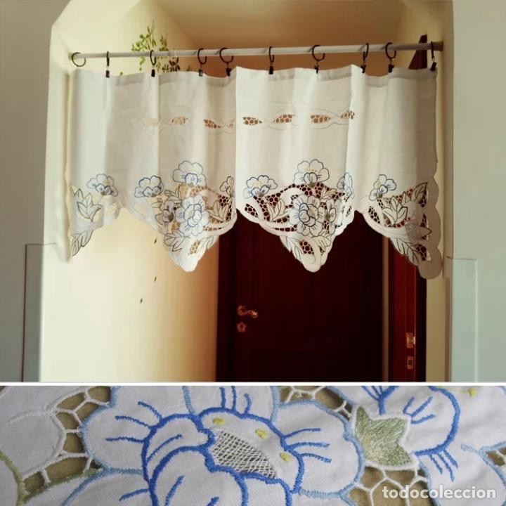Antigüedades: Precioso cortina/volante.Algodon 100%.Bordado en colores y cutwork.50 x 125 cm. Nuevo - Foto 2 - 193400197