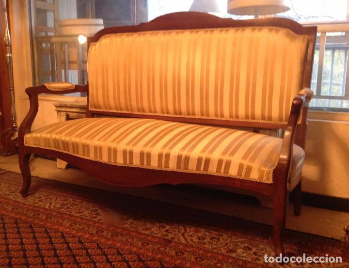 sof antiguo madera tapizado comprar sof s antiguos en