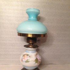 Antigüedades: LAMPARA OPALINA AGUAMARINA TIPO QUINQUE.. Lote 67787165