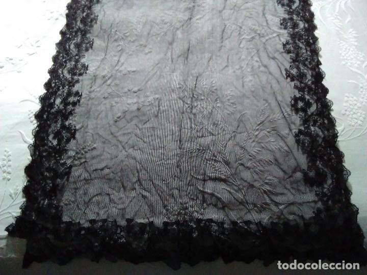 Antigüedades: Mantilla rectangular de encaje negro - Foto 2 - 67828641