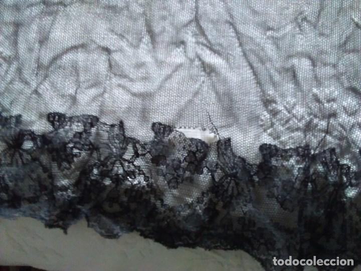 Antigüedades: Mantilla rectangular de encaje negro - Foto 11 - 67828641