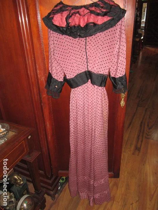 Antigüedades: Vestido largo de seda, años 20. - Foto 9 - 67936197