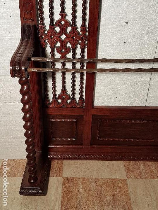 Antigüedades: BASTONERO-RECIBIDOR SALOMÓNICO DE CEDRO TALLADO - Foto 3 - 51196109