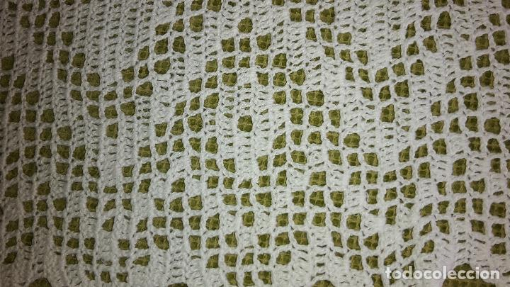Antigüedades: Panel cortina, bordado a mano y ganchillo.ALGODON BLANCO 80 x 160 cm. Nuevo - Foto 10 - 250237330