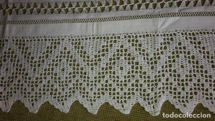 Antigüedades: Panel cortina, bordado a mano y ganchillo.ALGODON BLANCO 80 x 160 cm. Nuevo - Foto 5 - 250237330