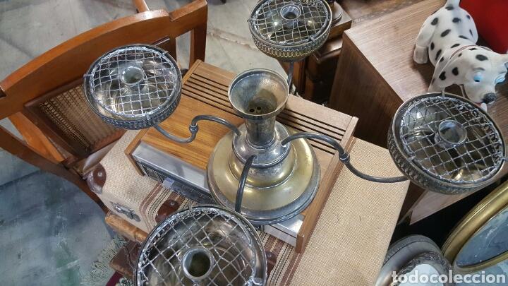 Antigüedades: precioso Candelabro antiguo Portavelas de 4 brazos . metal plateado. ver fotos - Foto 4 - 68041374