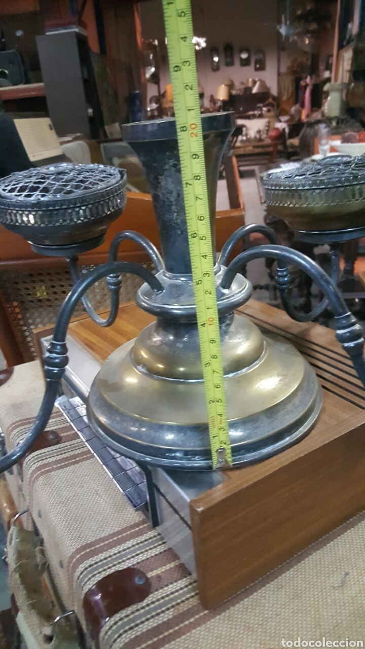 Antigüedades: precioso Candelabro antiguo Portavelas de 4 brazos . metal plateado. ver fotos - Foto 5 - 68041374