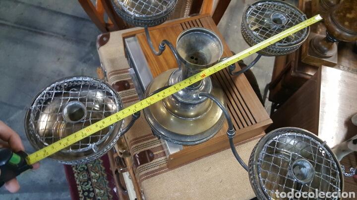 Antigüedades: precioso Candelabro antiguo Portavelas de 4 brazos . metal plateado. ver fotos - Foto 6 - 68041374
