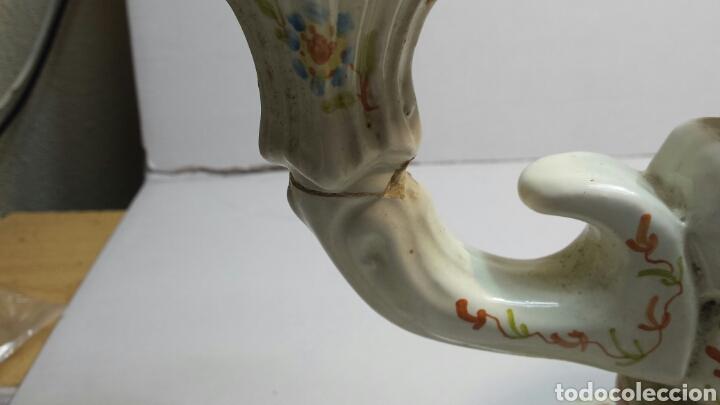 Antigüedades: Antiguo candelabro de ceramica de Alcora sellado - Foto 4 - 68177386