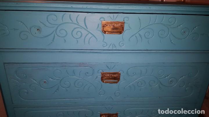Antigüedades: Preciosa cómoda modernista pintada en azul turquesa. - Foto 3 - 111523623