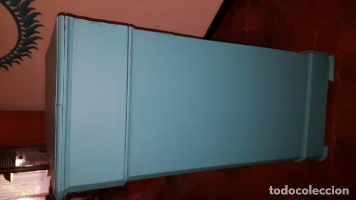 Antigüedades: Preciosa cómoda modernista pintada en azul turquesa. - Foto 6 - 111523623