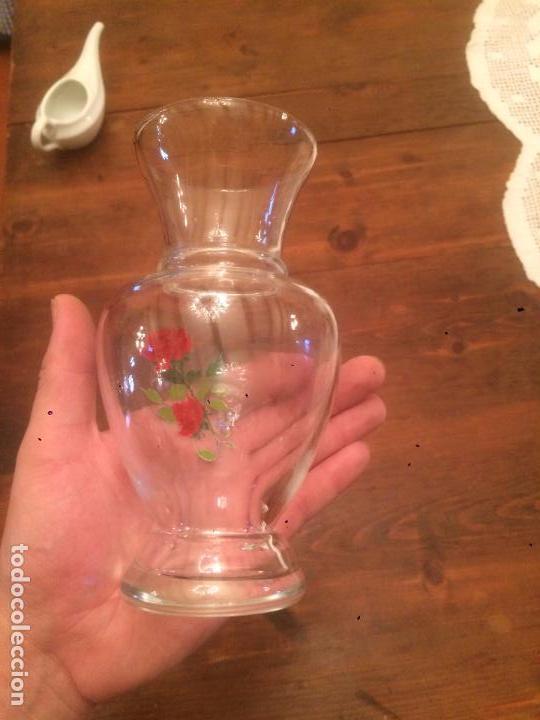 Antigüedades: Antiguo jarron / florero de cristal transparente soplado a mano de los años 50 - Foto 6 - 68387541