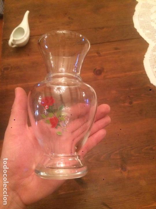 Antigüedades: Antiguo jarron / florero de cristal transparente soplado a mano de los años 50 - Foto 7 - 68387541