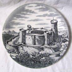 Antigüedades: PLATO DE LA CARTUJA PICKMAN CASTILLO DE BELLVER (MALLORCA). Lote 68417025