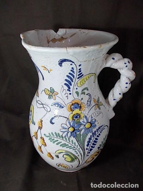 Antigüedades: ANTIGUA JARRA EN CERÁMICA DE TALAVERA CON EL ESCUDO DE CASTILLA Y LEÓN Y EL ASA TRENZADA - Foto 5 - 68457533