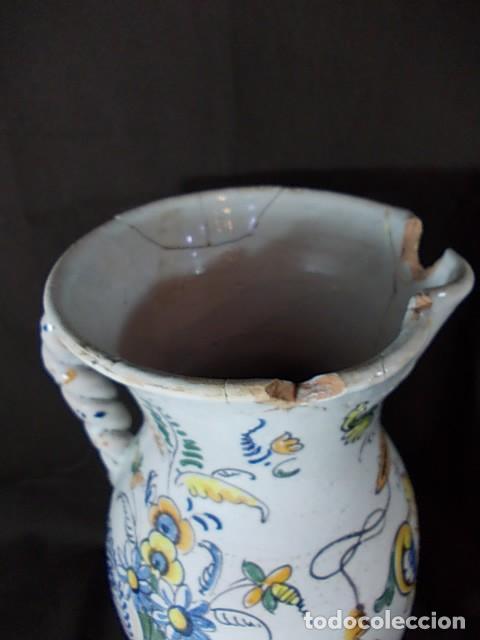 Antigüedades: ANTIGUA JARRA EN CERÁMICA DE TALAVERA CON EL ESCUDO DE CASTILLA Y LEÓN Y EL ASA TRENZADA - Foto 6 - 68457533