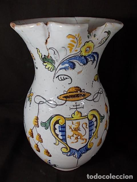 Antigüedades: ANTIGUA JARRA EN CERÁMICA DE TALAVERA CON EL ESCUDO DE CASTILLA Y LEÓN Y EL ASA TRENZADA - Foto 8 - 68457533