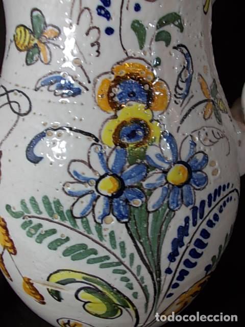 Antigüedades: ANTIGUA JARRA EN CERÁMICA DE TALAVERA CON EL ESCUDO DE CASTILLA Y LEÓN Y EL ASA TRENZADA - Foto 10 - 68457533