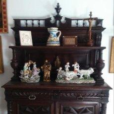 Antigüedades: APARADOR CASTELLANO S. XIX EN MADERA DE ROBLE. 187X121X47 CMS.. Lote 68496465