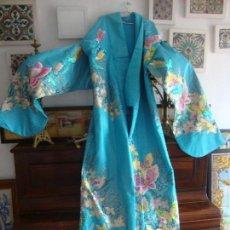 Antigüedades: ANTIGUO KIMONO (UCHIKAKE) JAPONES BORDADO ORO. Lote 68525085