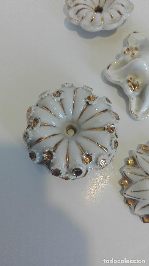 Antigüedades: Apliques o piezas de porcelana buena de lámparas o muebles - Foto 2 - 68647177