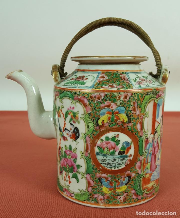 TETERA CANTONESA. PORCELANA CHINA. ESMALTADA Y POLICROMADA. SIGLO XIX-XX. (Antigüedades - Porcelanas y Cerámicas - China)