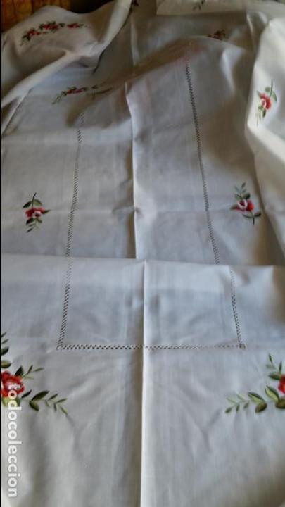 Antigüedades: Magnifica manteleria bordada.Beige claro 180 x 270 cm. 12 Servicios - Foto 17 - 212769057