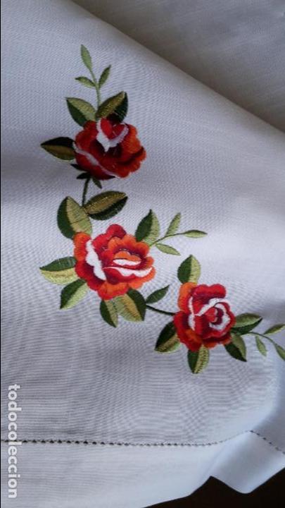 Antigüedades: Magnifica manteleria bordada.Beige claro 180 x 270 cm. 12 Servicios - Foto 5 - 212769057